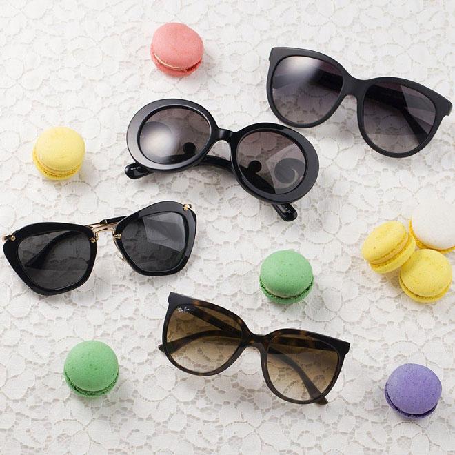 Ele é uma ávida leitora da Vogue Eyewear e de blogs de moda e adoraria um  novo par de óculos de sol para combinar com seu cuidadosamente selecionado  ... 97f542dc8e