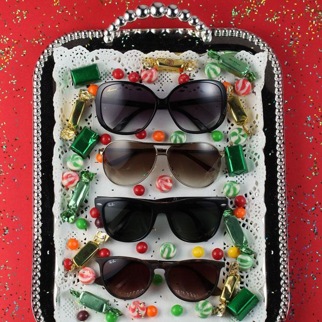 Ela é a típica moça do cotidiano que usaria um novo par de óculos de sol  para iluminar ainda mais seu guarda-roupas. c36c1032ff